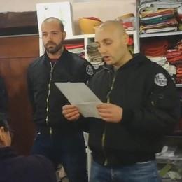 Irruzione degli skinhead (video)  Otto gli identificati E' diventato caso politico  Martina: «Manifestazione a Como»
