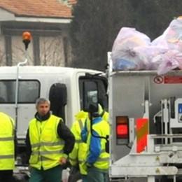 """Immondizia abbandonata a Bosisio  Ma i """"furbetti"""" pagheranno"""