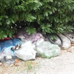 """Rifiuti abbandonati ,torna la """"Road trash""""  Silea paga la pulizia"""