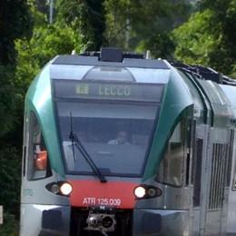 Passaggio a livello in tilt  Mattina da incubo sul treno
