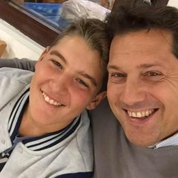 Il papà di Ricky, il ragazzo morto sciando   «Spero di conoscere chi vive grazie a lui»