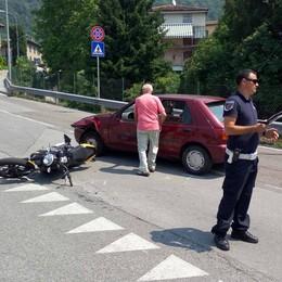 """Motociclista """"abbattuto""""   di fronte all'ospedale di Lecco"""