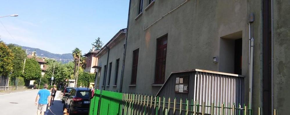 Mandello, nell'ex area Sapio l'arrampicata  E scambio di sedi tra gli uffici