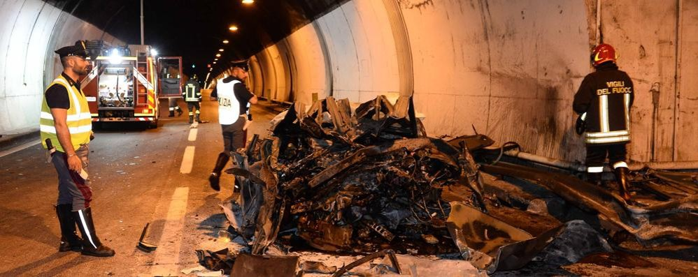 Lierna, incidente in galleria Muore in auto a 59 anni