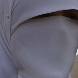 Continui maltrattamenti ai figli  Bimbi tolti a famiglia musulmana