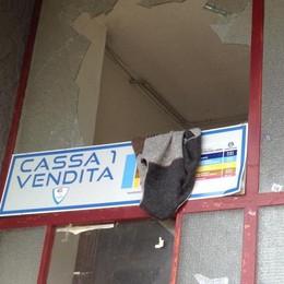 Blitz di ladri e vandali  Devastato il Pianella
