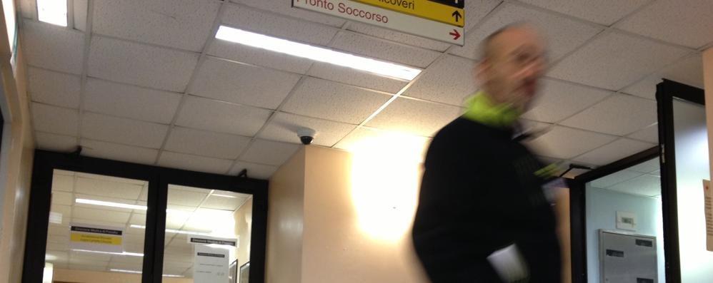 Furto al Mandic, la beffa delle telecamere  «Le riprese con gli intrusi? Cancellate»