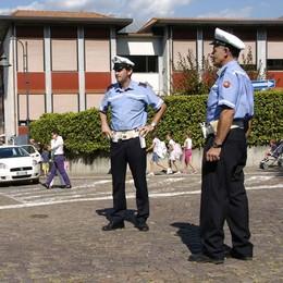 Ragazza molestata a Colico  La polizia locale indaga su un uomo