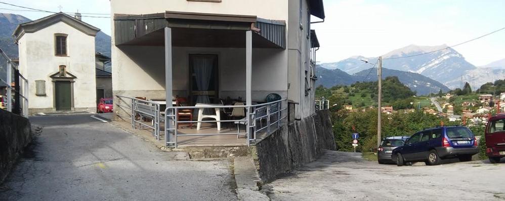Prima il piazzale e poi la rotatoria  Missione sicurezza a Rongio e Luzzeno
