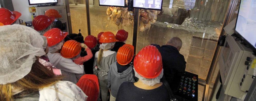 Valmadrera, open day di Silea  Trecento in visita all'inceneritore