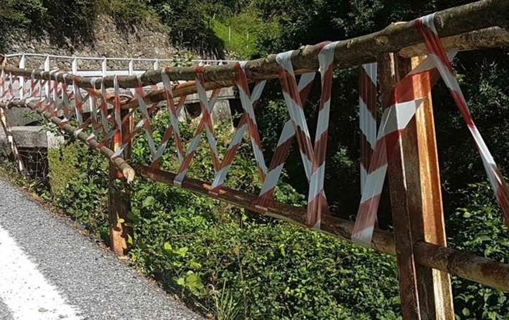 La Taceno-Bellano è terra di nessuno  Paura per il parapetto