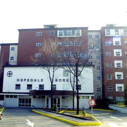 Giussano,  va in ospedale  Pronto soccorso chiuso: muore