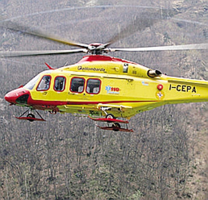Elicottero Lecco : Malore sulla ferrata recuperato con l elicottero cronaca