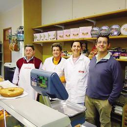 Rossino, fine dei negozi  Chiude anche l'alimentari