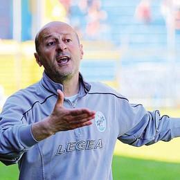 Calcio Lecco, Mauri  a Piacenza  E oggi decide mister Cotroneo