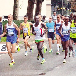 Lecco: 10 km del Manzoni  Protagonisti  gli atleti della Colombo