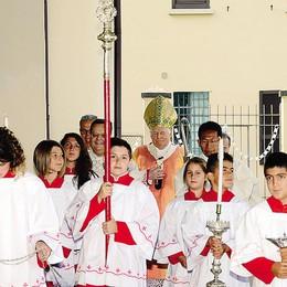 Bagno di folla  a Calolzio  per il cardinale Scola
