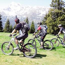 Aprica, sentieri per mountain bike  «Pericolosi per gli escursionisti»