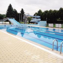 Merate, piscina vuota  Che estate Il 90% in meno