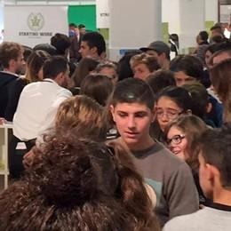 Che folla al salone  dell'orientamento  In migliaia per Young