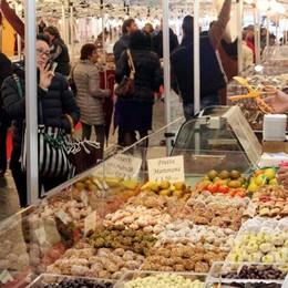 Follie di cioccolato  Compresa la tavoletta  lunga venti metri
