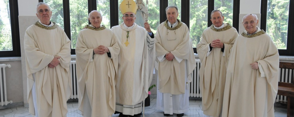 Funerali con il vescovo   per l'addio a don Aldo