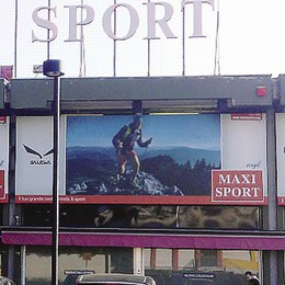 Ladri notturni da Maxi Sport  Un bottino di 30mila euro