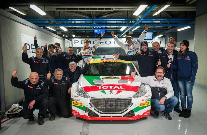Il team Peugeot