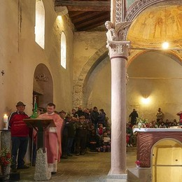 A San Pietro al monte  Sulla via dei pellegrini