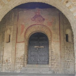 San Pietro al Monte chiesa giubilare  Basilica civatese meta dei pellegrini