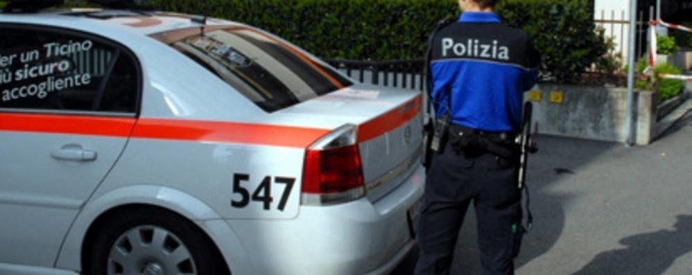 battere i poliziotti bollente nero ebano porno video