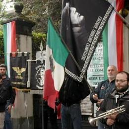 Mezzegra, più di duecento per Mussolini