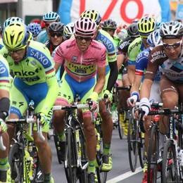 Il Giro d'Italia arriva sul Lario