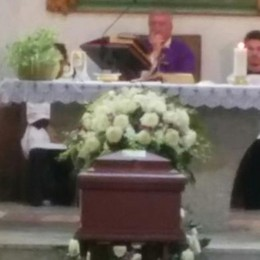 Morto investito nella vacanza in Perù  A Cassago chiesa gremita per l'addio