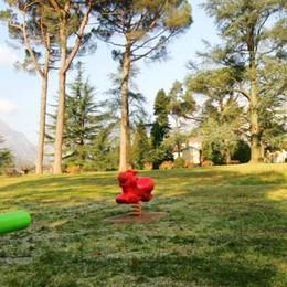 Ragazza aggredita nel parco  «Qui servono più controlli»