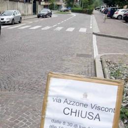 L'asfalto batte il porfido  Anche in via Visconti
