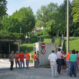 Merone: proteste davanti alla Holcim