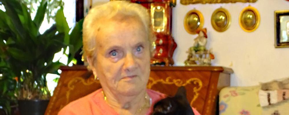 «Senza cure rischia la cecità»  Erba, finiti i soldi all'ospedale