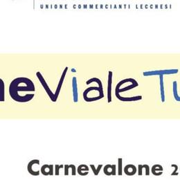 """""""CarneViale Turati""""  La polemica viaggia  sui vetri dei negozi"""