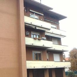 I ladri nell'appartamento  E i proprietari chiusi fuori