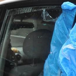 Cantù, ancora ladri in centro  Questa volta rubano  nelle auto parcheggiate