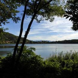 Passeggiata con recital dal lago ai resti del castello