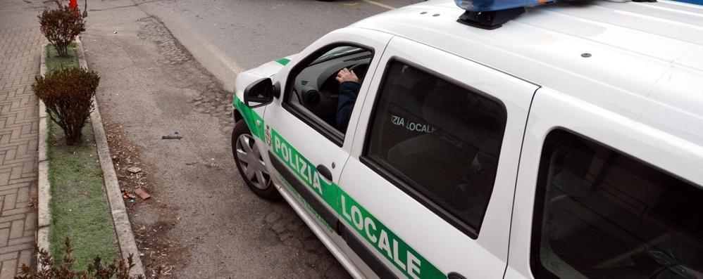 Barzanò tende la mano a Monticello  «Polizia locale con Viganò e Cremella»