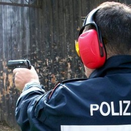 Pistole ai vigili   la Giunta tira dritto