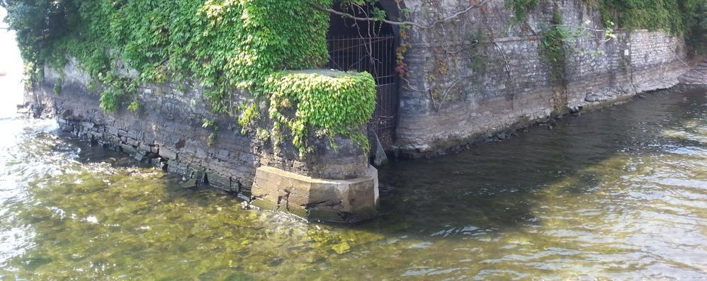 Livello del lago a -23 centimetri  Anche Clooney rimane all'asciutto