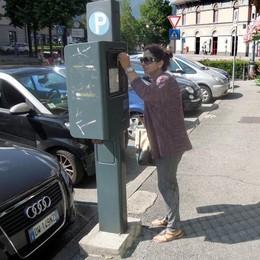 Erba, i conti del Comune non tornano  L'idea: fare cassa con i parcheggi