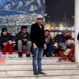 Un campo profughi al vecchio tribunale  Sono già quattordici