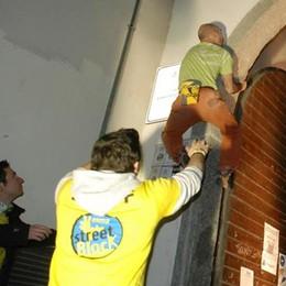 """Sabato il ritorno di """"Valma street block""""  Ci si arrampica sui palazzi della città"""