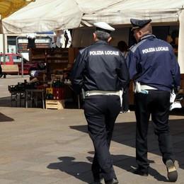 Divieti di sosta e rabbia  Lievitate le multe a Oggiono