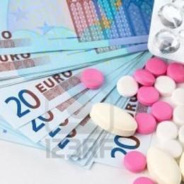 Un quarto di internauti italiani compra farmaci falsi sul web